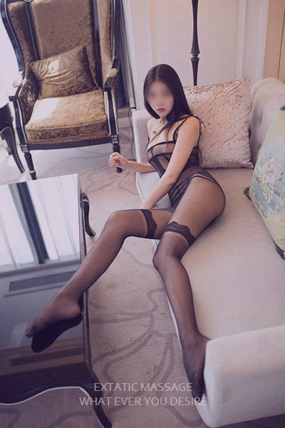 Sensual massage Yoyo in London